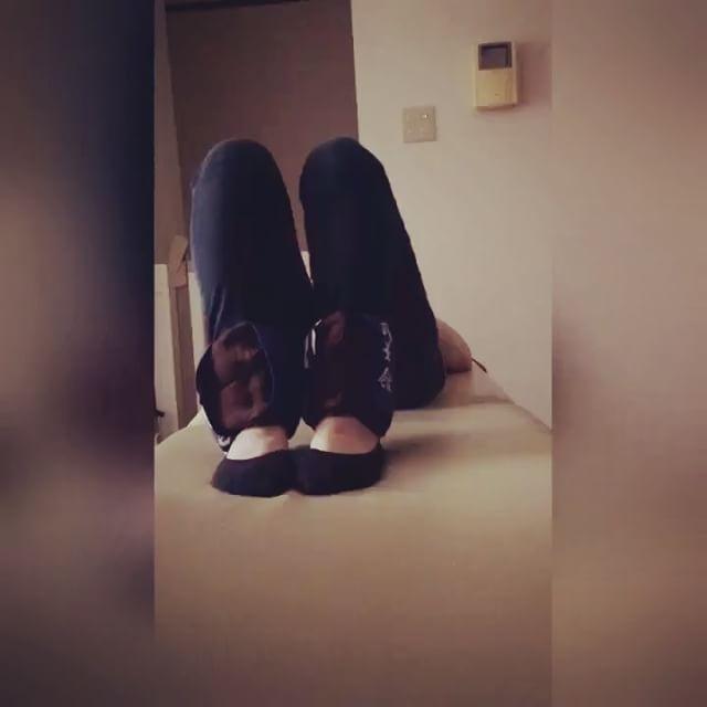 肩が一番痛いという2児のママAさん。腰や足もつらい…気分の良い動きを引き出しながら、取りきれないところを直接触れて「そこそこ!」と痛快さを味わう。すると、足は軽く、腰や肩の痛みが気にならなくなりました(^^)#健康整体の家つみき #健康整体 #操体法 #福島市 #福島市整体 #飯坂 #飯坂整体 #bodywork #bodypreparation #health #fukushima #japan #肩こり #首こり #腰痛 #足のむくみ #足の冷え #足の張り #介護福祉士 #2児のママ #育児 #家事 #痛快 #気分良く