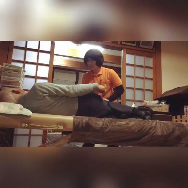 おしりがカチカチに硬いことに気づきながら、気持ちよーくゆっくり動いていくとカラダが柔らかくなりました!#健康整体の家つみき #健康整体 #操体法 #福島市 #福島市整体 #飯坂 #飯坂整体 #bodywork #bodypreparation #health #fukushima #japan #腰の張り #背中の張り #臀部のはり #足の冷え #ムチウチ #鎖骨骨折 #農家