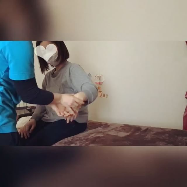 不思議!?腕が勝手に動いて楽しんで、手首や肩が楽になっていました(笑)#健康整体の家つみき #健康整体 #操体法 #福島市 #福島市整体 #飯坂 #飯坂整体 #bodywork #bodypreparation #health #fukushima #japan #腰痛 #股関節痛 #肩こり #腰痛 #足裏にマメ #手首痛い #腕の張り #2児のママ #子育て中