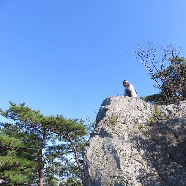 ハイキングとても気持ちのいい気候の中️断崖絶壁に…とても刺激的な1日でした 笑少し早いけど!っと3周年の素敵なお祝いを頂きました感謝感激